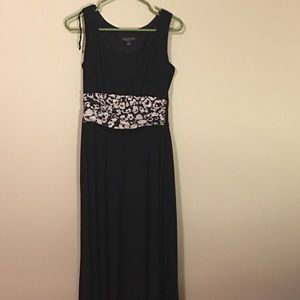 JUST IN! Black maxi dress with sparkle floral belt